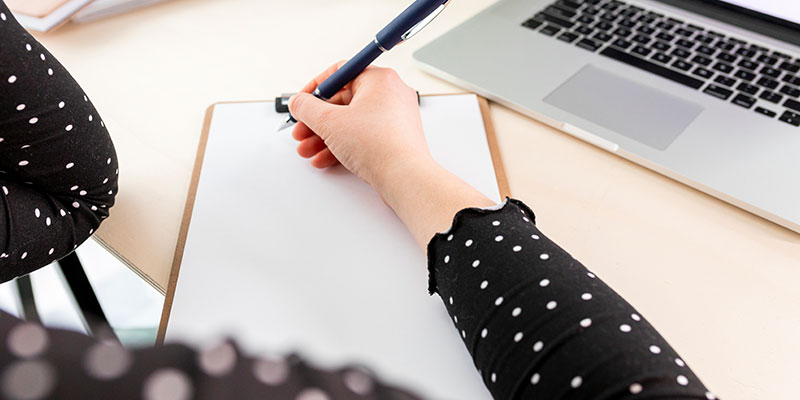 Consejos para estudiar desde casa: toma apuntes